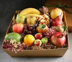 organic fruit gift baskets 7 best fruit hers images on fruit gift baskets