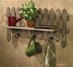 decor u2013 free woodworking plans picket fence wall decor awesome