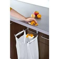 poubelle cuisine de porte les 25 meilleures idées de la catégorie poubelle de porte cuisine