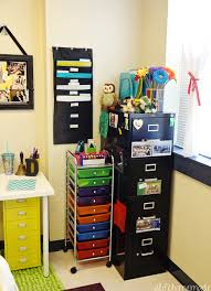 Organize Your Desk how to style u0026 organize your teacher desk