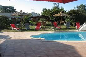 normes chambres d hotes la roseraie maison charentaise avec piscine à 30 de mai à