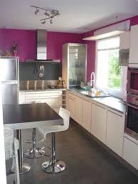 mur cuisine aubergine cuisine et blanche impressionnant beautiful cuisine blanche
