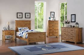 madison bedroom set madison twin or full natural wood contemporary kids bedroom set