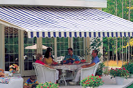 Commercial Retractable Awnings Universalawning Residential Awnings Commercial Awnings Gazebos