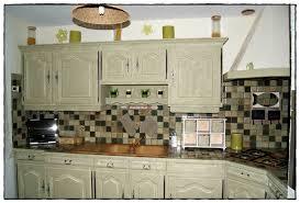 peindre armoire de cuisine en chene peinture pour meuble de cuisine en chene idées de décoration à