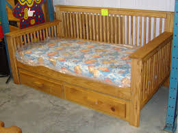 Queen Size Daybed Frame Bed Uk Photo Diy Home Ideas Full Diy Daybed Frame With Storage