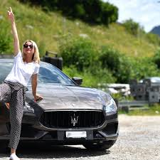 maserati woman funkyforty review maserati quattroporte funkyforty funky