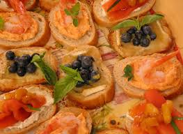 canape saumon canapés de saumon fumé au chutney de mangue recette plaisirs laitiers