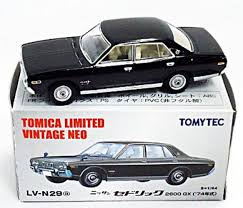 nissan cedric tomytec tomy tomica limited vintage neo lv n29a nissan cedric 2600