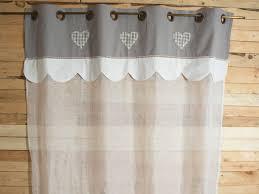 rideau voilage cuisine déco le vichy ou gris pour une cuisine cagne alta