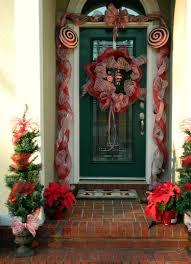 main door 10 unique christmas front door decorations ideas