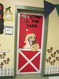 Christmas Office Door Decorating Themes by Western Theme Classroom