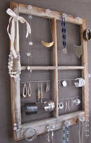 best 25 pallet jewelry holder ideas on pinterest diy jewelry