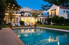posh poolside decorating ideas for your home