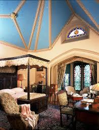 lyndhurst mansion house crazy