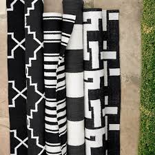 Black And White Outdoor Rug Moroccan Gate Indoor Outdoor Rug Black Williams Sonoma