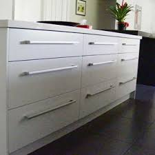 how to choose hardware for kitchen cabinets 33 best contemporary pulls images on pinterest bathroom ideas
