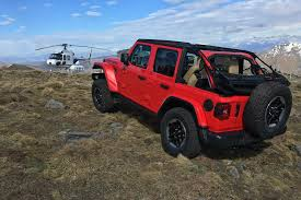 red jeeps official 2018 jeep wrangler interior shots revealed automobile