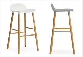 tabouret design cuisine chaise de bar bois tabourets fly excellent tabouret cm with 17