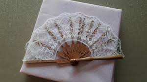 fan sticks mounting lace to fan sticks laceioli