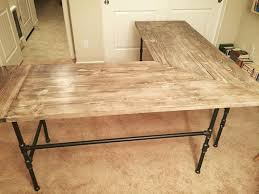 Homemade Wood Computer Desk by Best 25 Homemade Desk Ideas On Pinterest Homemade Home Office