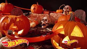 halloween in jackson 5 spooky and adventurous ways to get into halloween thriller wheels youtube