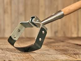 Types Of Hoes For Gardening - the oscillating hoe or stirrup hoe the best hoe in the world