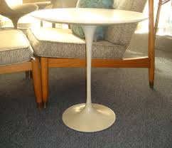 furniture saarinen tulip side table by saarinen table