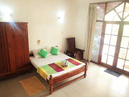 guesthouse thusare house colombo sri lanka booking com
