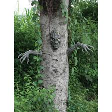 spooky living tree outdoor decoration buycostumes