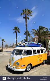 volkswagen van with surfboard clipart vw bus beach stock photos u0026 vw bus beach stock images alamy
