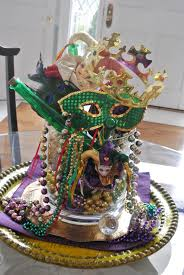 mardi gras centerpieces mardi gras centerpiece thepaintedapron the painted apron