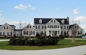 Blue Gray House Color by Alluring Exterior Color Ideas For Homes With Creamy Gray Accent