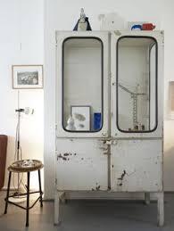 old fashioned medicine cabinets vintage medicine cabinet חיפוש ב google clinic pinterest