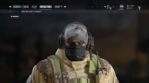 does anyone else think glaz should have black face paint to match