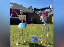 family puts hilarious spin on halloween decorations abc news