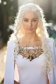 Daenerys Targaryen Costume Please Draw My Wife In Her Homemade Daenerys Targaryen Costume