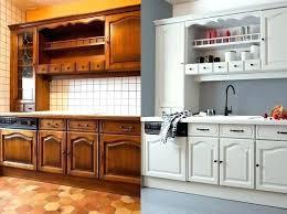 peindre des armoires de cuisine en bois meuble armoire cuisine relooker armoire cuisine cuisine relooking