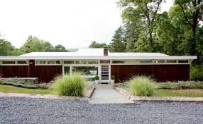 Midcentury Modern Home - 15 gorgeous mid century modern home exterior designs