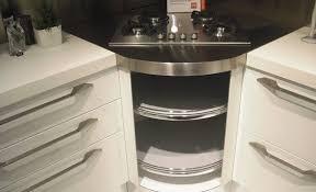 cucine con piano cottura ad angolo gallery of cucina scavolini flux giugiaro 3677 cucine a prezzi