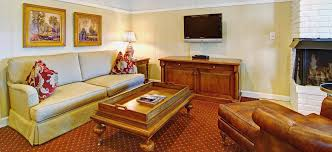 Comfort Inn By The Sea Monterey Wayside Inn Carmel By The Sea Vacation Destination California