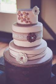 wedding cake with pearl accents elegant black and white wedding