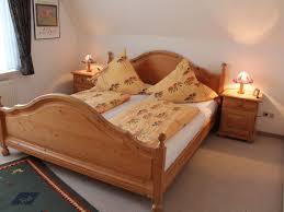 Schlafzimmer Aus Holz Kaufen Wattwurm 1 Vermietungsservice Dangast De
