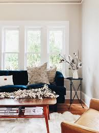 Incredible Leather Settee Sofa Better Housekeeper Blog All Things Hummingbird High A Desserts And Baking Blog