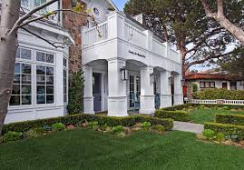 Coastal Style Homes Beautifully Designed Coastal Style Home In Newport Beach
