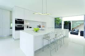 ilot central dans cuisine luminaire ilot central cuisine laby co