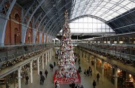 alesha dixon unveiled the world u0027s biggest disney junior christmas