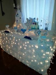 themed table cloth winter party tablecloth ideas the bright ideas