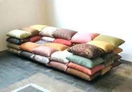 faire des coussins de canap coussin pour canape coussin dossier pour transformer le lit