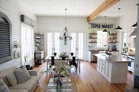 decoration white wall color interior design in small room with